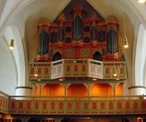 St. Cyprian- und Cornelius-Kirche mit Arp Schnitger-Orgel